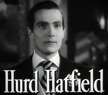 Hurd_Hatfield_in_The_Picture_of_Dorian_Gray_trailer