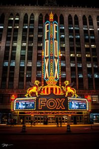 detroit Fox_Theatre_at_Night